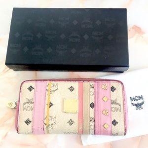 MCM pink billfold wallet w box dustbag gold